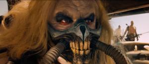 Immortan Joe, som spelas av samma skådis som spelade skurken i den första Mad Max-filmen från 70-talet.